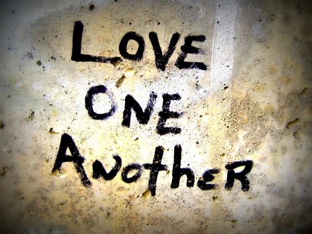 Love-One-Another:bing:epitemnein-epitomic.blogspot.com